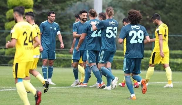 Fenerbahçe, İstanbulspor'u 3-0'la geçti